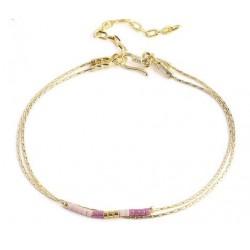 Bracelet perles rose et beige, double chaînes or sur fermoir crochet.