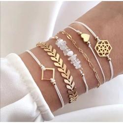Six Bracelets sur poignée cœur, géométrie, flèches or.